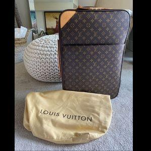 Louis Vuitton Pegase Legere 55 Carryon Cabin size